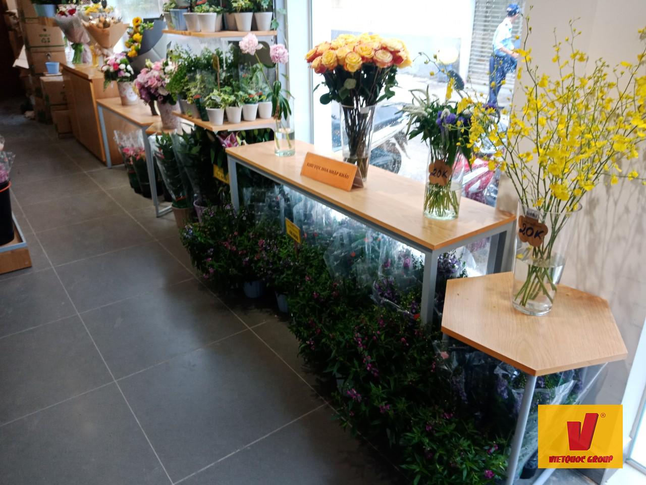 Trang trí shop hoa đẹp