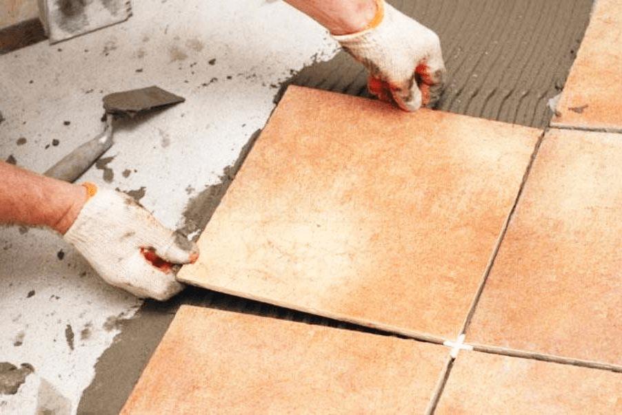 Lót thêm 1 lớp gạch để bảo vệ mái bê tông và cũng là làm đẹp hơn cho ngôi nhà của bạn