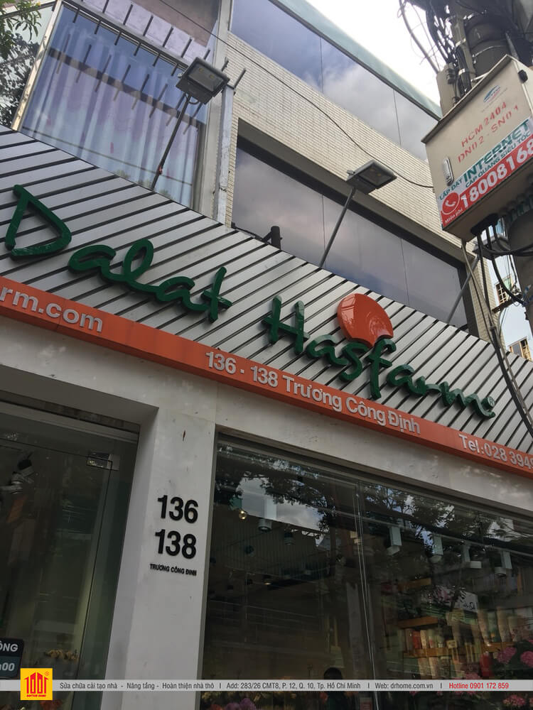 Shop hoa Dalat Hasfarm ma DrHome cai tao hoan thien tai Tan Binh