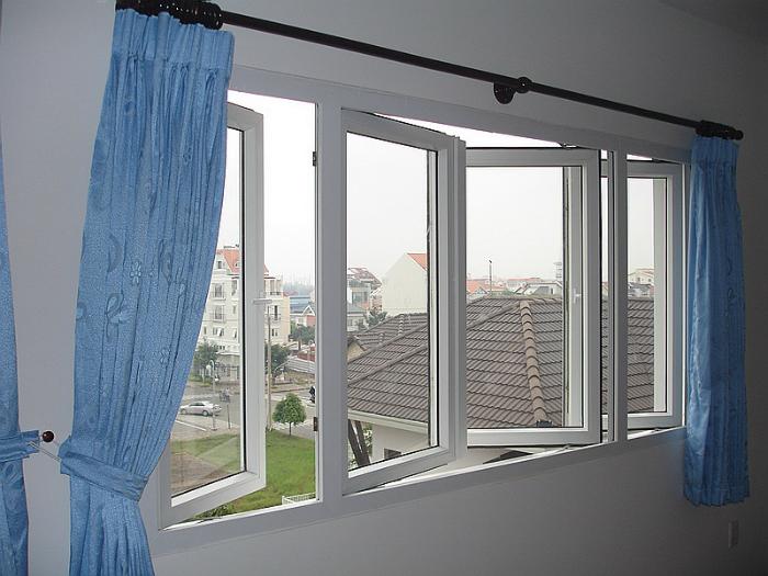 Hãy làm cho nhà thông thoáng hơn bằng cách thiết kế nhiều cửa sổ