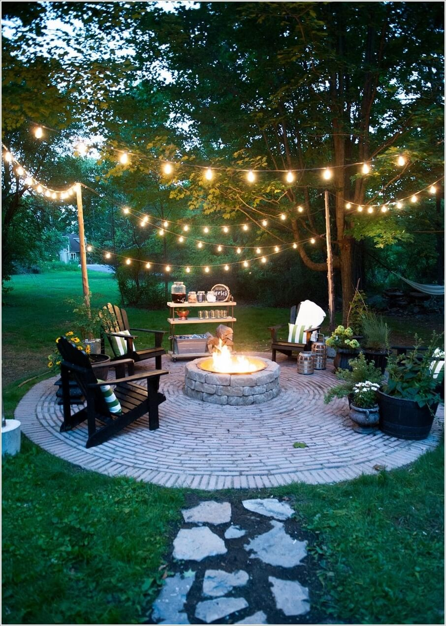 Chiếu sáng khoảng sân vườn bằng dải đèn led