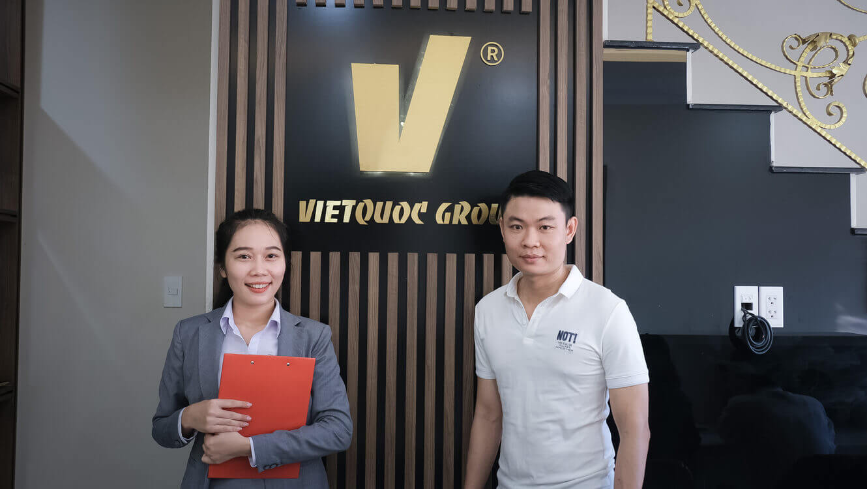 Nhan vien tai van phong cong ty Viet Quoc Group - Doctor Home 102 Harmona Verosa Park duong 291 phuong Phu Huu, Quan 9, TPHCM